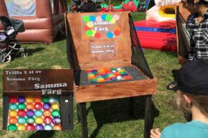aktivitets låda roliga lekar aktiviteter ihopfällbara spel samma färg luftlandet paintballtorpet örjansfiske